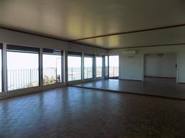 Foto Departamento en Alquiler en  Punta Carretas ,  Montevideo                  Bvar Artigas y Rambla
