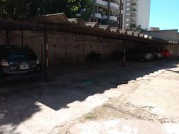 Foto Cochera en Alquiler en  Moron Norte,  Moron  INTENDENTE GRANT 43