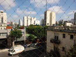 Foto Departamento en Venta en  Constitución ,  Capital Federal  Permutas por menor valor. Piso 4 ambientes .