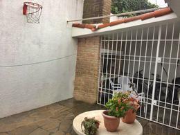 Foto Casa en Alquiler en  Carrasco ,  Montevideo  Preciosa casa en alquiler en Carrasco