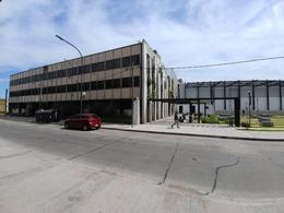 Foto Edificio Comercial en Alquiler en  Boca ,  Capital Federal  Av Don Pedro de Mendoza al 600