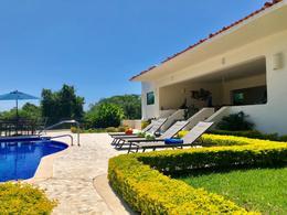 Foto Casa en Venta | Renta temporal en  Fraccionamiento Las Brisas,  Acapulco de Juárez  Casa en La Cima Club Residencial