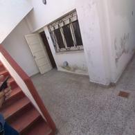 Foto Casa en Venta en  Villa Dominico,  Avellaneda  SADI CARNOT al 500