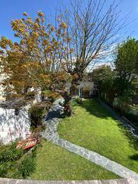 Foto Casa en Venta en  Banfield Oeste,  Banfield  Alvear al 1600