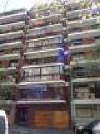 Foto Departamento en Venta en  Botanico,  Palermo  Departamento 4 ambientes c/dependencias, COCHERA FIJA y baulera. 5to. Piso.  Sup. 120m2. Precio por m2. uss 2916..