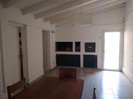 Foto Casa en Venta en  Capital ,  Neuquen  CASTELLI al 1100