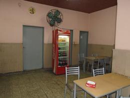 Foto Local en Venta en  San Telmo ,  Capital Federal  Chacabuco  al 400