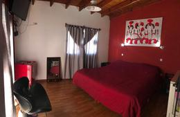 Foto Casa en Venta en  Moreno ,  G.B.A. Zona Oeste  Julian Alvarez  al 1000