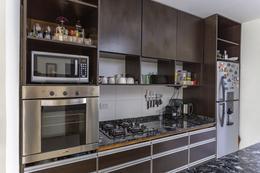 Foto Casa en Venta en  Banfield,  Lomas De Zamora  venta casa LOMAS NICORA 635