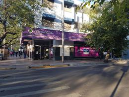 Foto Local en Alquiler en  Godoy Cruz ,  Mendoza  San Martin y Rivadavia