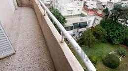 Foto Departamento en Venta en  Barracas ,  Capital Federal  Av. Montes de Oca 1000
