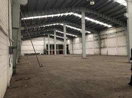Foto Bodega Industrial en Renta en  Toluca ,  Edo. de México  Renta de Bodega Industrial por Av. Alfredo del Mazo TolucaRENTA DE BODEGA INDUSTRIAL 1870M2 POR AV ALFREDO DEL MAZO TOLUCA