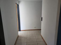 Foto Oficina en Alquiler en  Moron ,  G.B.A. Zona Oeste  Buen Viaje al 1200