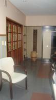 Foto Casa en Venta en  Monte Grande,  Esteban Echeverria  Amplia casa Monte Grande Zona Residencial