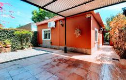 Foto PH en Venta en  Castelar Sur,  Castelar  Granada al 3300
