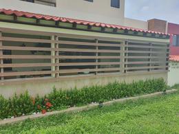 Foto Casa en Venta en  Residencial Las Lomas,  Alvarado  Las Lomas Residencial