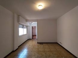 Foto Departamento en Alquiler en  Ciudad Madero,  La Matanza  Avenida Velez Sarsfield al 400