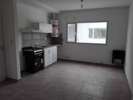 Foto Departamento en Alquiler en  General Roca ,  Rio Negro  RODHE  al 100
