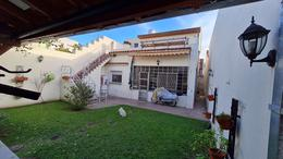 Foto Casa en Venta en  Olivos,  Vicente López  Chacabuco al 3600
