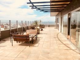 Foto thumbnail Departamento en Venta en  Centro ,  Montevideo  Espectacular Penthouse, Gran Terraza con Vistas Panorámicas