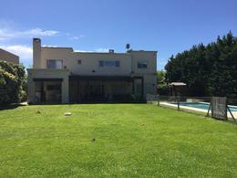 Foto thumbnail Casa en Alquiler temporario en  Villanueva,  Countries/B.Cerrado  Barrio Santa Catalina lote interno