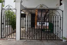 Foto Casa en Venta en  Benito Juárez ,  Quintana Roo  CASA EN VENTA EN CANCÚN EXCELENTE UBICACIÓN  SM.50 CANCUN C2720