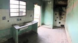 Foto Casa en Venta en  Brazo Oriental ,  Montevideo  Regimiento 9 y San Martín - Para Proyecto o Reciclar