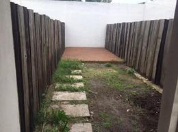 Foto PH en Venta en  Ituzaingó ,  G.B.A. Zona Oeste  Nicasio Oroño 1500