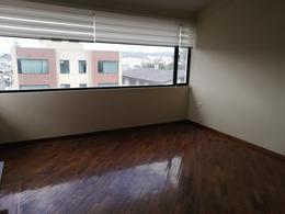 Foto Departamento en Alquiler en  El Bosque,  Quito  HeRmOsO DePaRtAmEnTo De ReNtA 230m2 / $720 InClUiDo CoNdOmInIo - SeCtOr  UnIóN NaCiOnAl