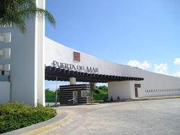 Foto Departamento en Renta en  Puerto Juárez,  Cancún  Departamento en  Renta en Cancún, Residencial La Playa Frente al Mar. Puerto Juárez
