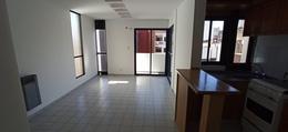 Foto Departamento en Alquiler en  Nueva Cordoba,  Cordoba Capital  Balcarce 477| Piso 12