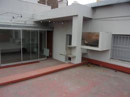 Foto Casa en Venta en  Echesortu,  Rosario  Alsina al 1600
