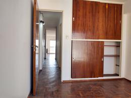 Foto Departamento en Alquiler en  Nueva Cordoba,  Capital  Buenos Aires al 1000
