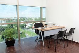 Foto Oficina en Renta en  Supermanzana 11,  Cancún  Oficinas amuebladas en renta en Cancún, SACH, para 2 o 3 personas