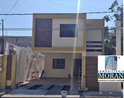 Foto Casa en Venta en  Tampico ,  Tamaulipas  Casa en Venta con gran Jadín en Tampico