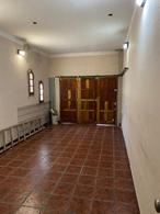 Foto Casa en Venta en  Lomas de Zamora Oeste,  Lomas De Zamora  GARONA al 1580 RETASADA