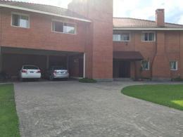 Foto thumbnail Casa en Venta en  Yerba Buena ,  Tucumán  Av Peron y Bascary