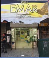 Foto Local en Venta en  Lomas de Zamora Oeste,  Lomas De Zamora  LAPRIDA al 100