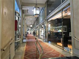 Foto Local en Venta en  Recoleta ,  Capital Federal  Av  Alvear 1800, Recoleta, Galeria Promenade