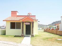 Foto Casa en Venta en  Fraccionamiento Ezequiel Montes,  Ezequiel Montes  Casa campirana en fraccionamiento con agua termal