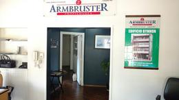 Foto Departamento en Venta en  Adrogue,  Almirante Brown  Plaza Esteban Adrogué 34