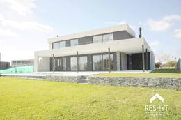Foto thumbnail Casa en Venta en  Albanueva,  Countries/B.Cerrado  ALBANUEVA - TIGRE