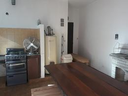 Foto Casa en Venta en  Monte Grande,  Esteban Echeverria  Hipolito Yrigoyen al 500