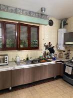 Foto Casa en Venta en  Temperley Este,  Temperley  Lucio Vicente Lopez al 721
