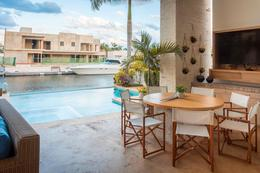 Thumbnail picture House in Sale in  Puerto Cancún,  Cancún  Puerto Cancún