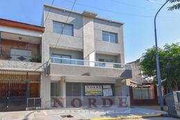 Foto PH en Venta en  Villa Luro ,  Capital Federal  Pasaje catania al 5600