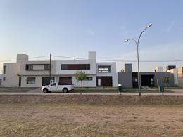 Foto Casa en Venta en  Comarca de Allende,  Villa Allende  CASA EN VENTA A ESTRENAR EN COMARCA DE ALLENDE - 1 PLANTA - 3 DORMITORIOS