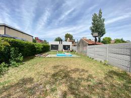 Foto Casa en Venta en  City Bell,  La Plata  135 entre 473 y 474