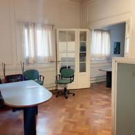 Foto Oficina en Alquiler en  Monserrat,  Centro (Capital Federal)  Bernardo de Irigoyen 88