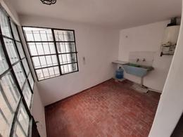 Foto Casa en Venta en  Bella Vista,  San Miguel  Casa - Cordoba al 600